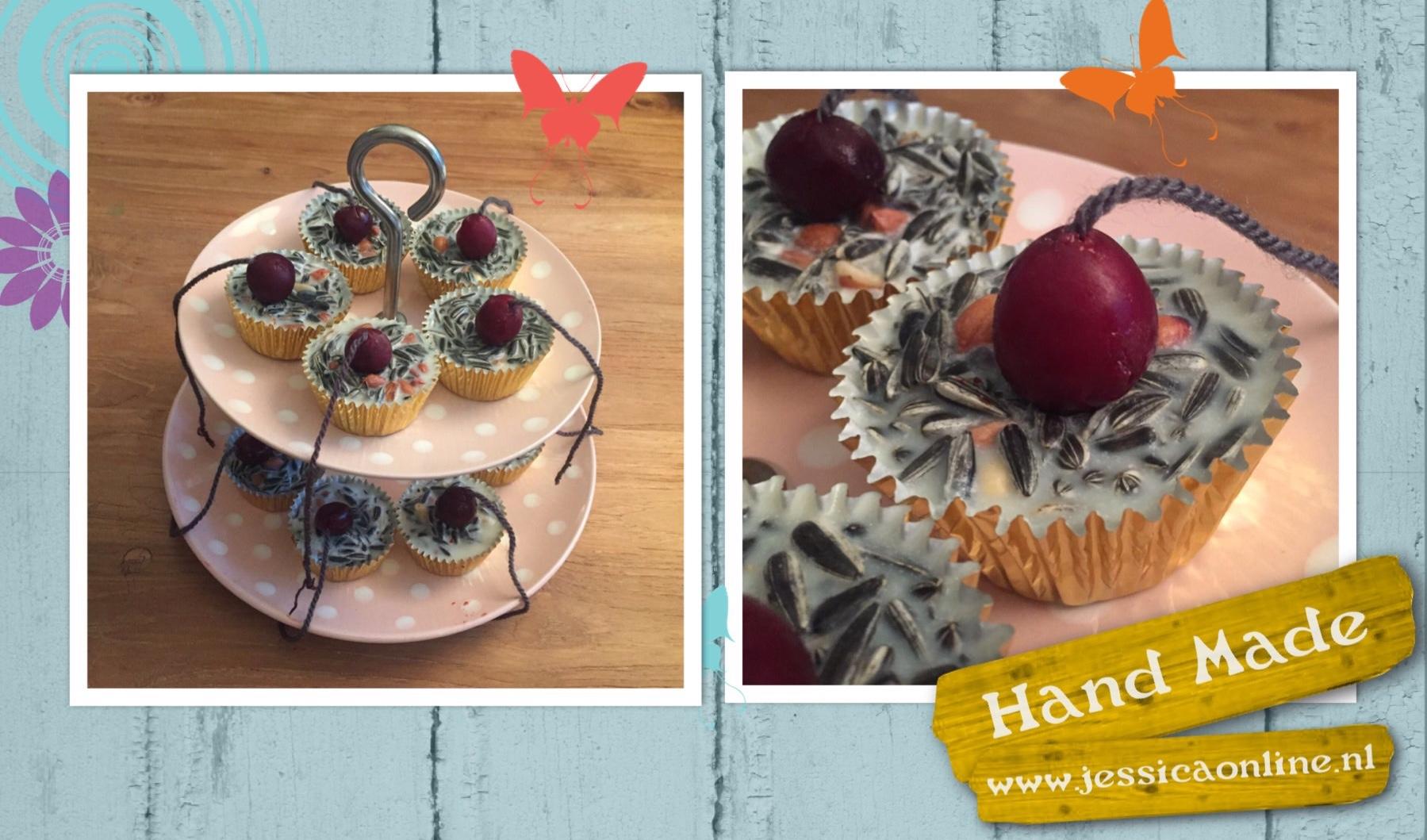 Birdy cakes