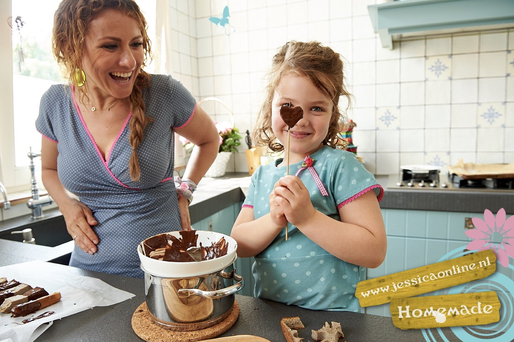 Bananencake figuurtjes met chocola