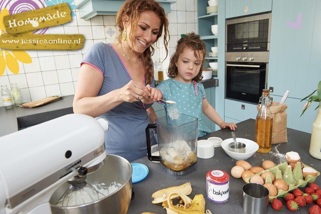 Bananencake met chocola voor de high-tea-JessicaOnline.nl