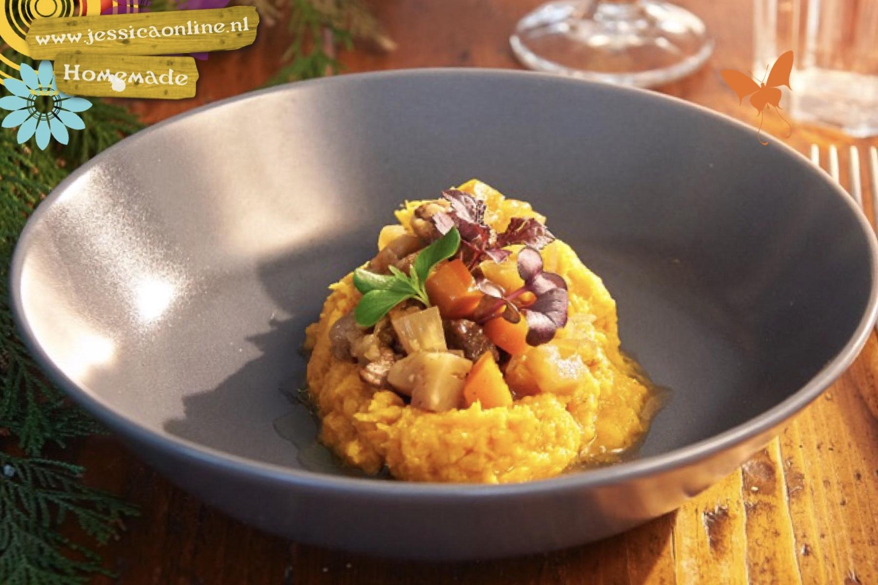 Zoete aardappel puree met Stoofschotel