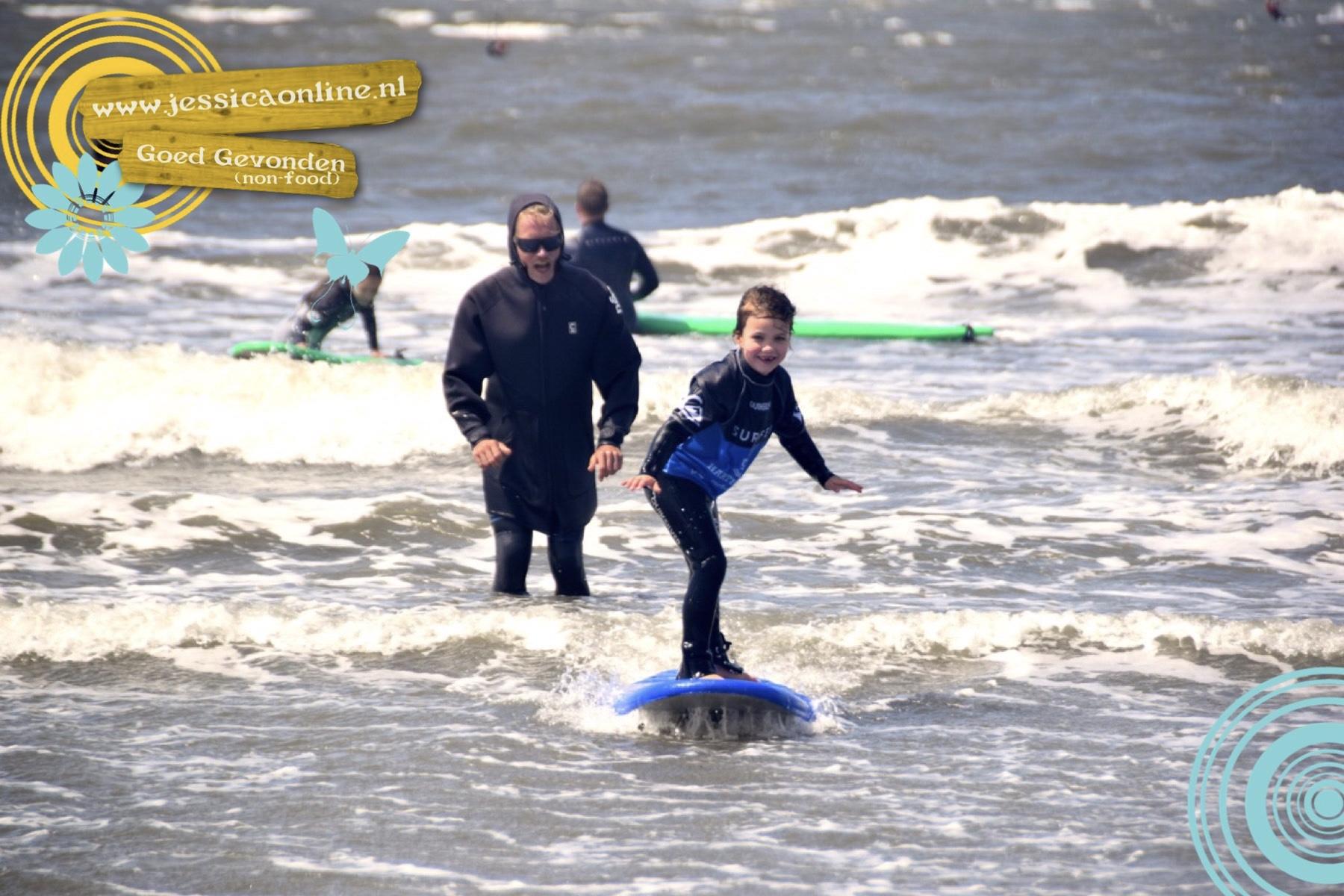 Ode aan het surfen en een fijne badcape